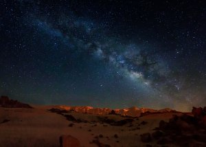 Peter used the moon to best capture the mountains and then layered a second image of the Milkyway.